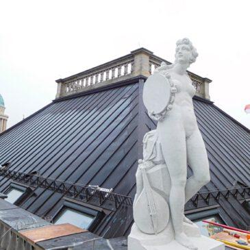 Sechs neue Attikaskulpturen auf dem Potsdamer Stadtschloss: Dank Hasso Plattner